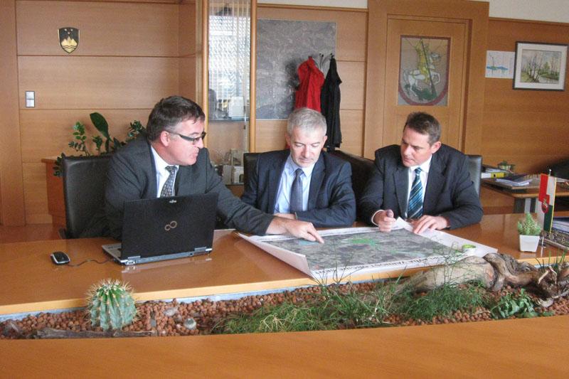 Z direktorjem DRSI o pločniku Grobelno in državnih cestah v šentjurski občini