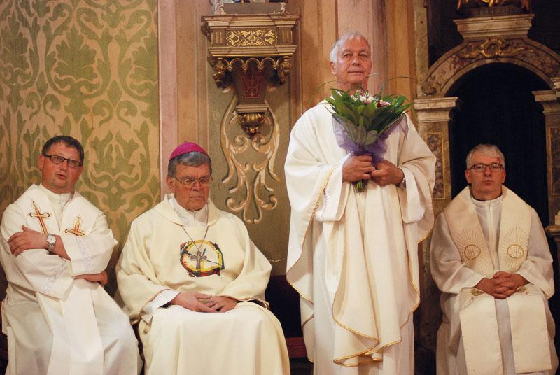 40 let mašništva in blagoslovitev novega kora